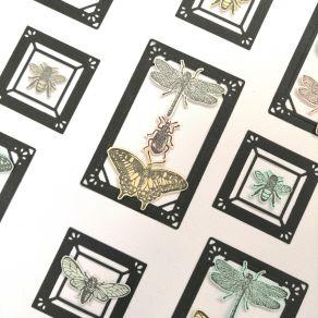 Tampon bois LES PETITES BÊTES par Florilèges Design. Scrapbooking et loisirs créatifs. Livraison rapide et cadeau dans chaque...