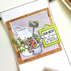Tampon bois ARROSOIR FLEURI par Florilèges Design. Scrapbooking et loisirs créatifs. Livraison rapide et cadeau dans chaque c...