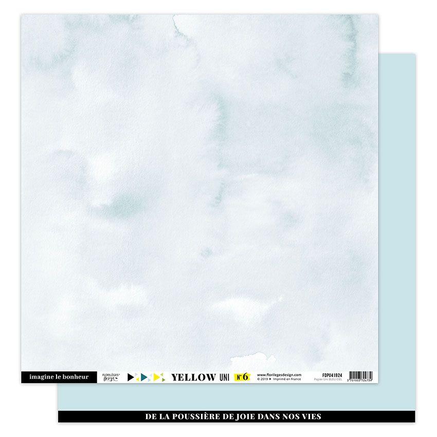 Papier Uni BLEU CIEL par Florilèges Design. Scrapbooking et loisirs créatifs. Livraison rapide et cadeau dans chaque commande.