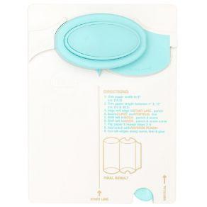 Parfait pour créer : Punch Board We R Memory Keepers pour boites PILLOW BOX par We R Memory Keepers. Livraison rapide et cade...