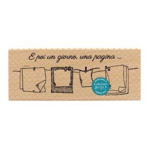 Commandez Tampon bois italien UN GIORNO UNA PAGINA Florilèges Design. Livraison rapide et cadeau dans chaque commande.