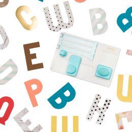 Punch Board We R Memory Keepers ALPHABET par We R Memory Keepers. Scrapbooking et loisirs créatifs. Livraison rapide et cadea...