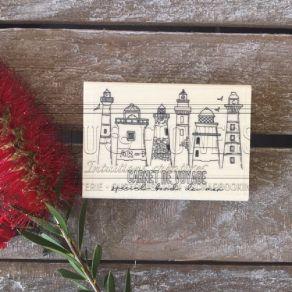 Tampon bois LES PHARES par Chou and Flowers. Scrapbooking et loisirs créatifs. Livraison rapide et cadeau dans chaque commande.