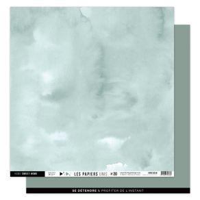 Papier Uni N°20 EUCALYPTUS par Florilèges Design. Scrapbooking et loisirs créatifs. Livraison rapide et cadeau dans chaque co...
