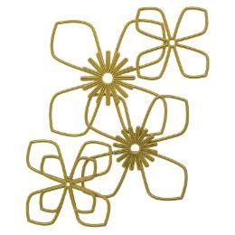 Outils de découpe LILY par Teresa Collins. Scrapbooking et loisirs créatifs. Livraison rapide et cadeau dans chaque commande.