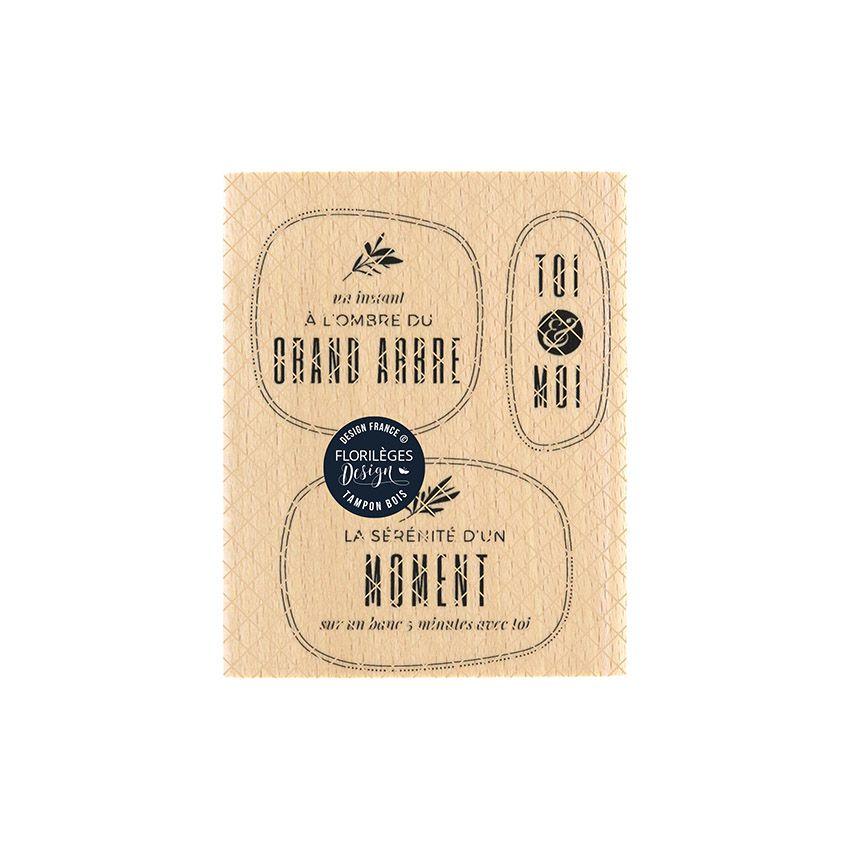 Tampon bois A L'OMBRE D'UN ARBRE par Florilèges Design. Scrapbooking et loisirs créatifs. Livraison rapide et cadeau dans cha...