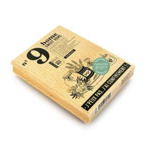 Tampon bois SWEET HOME par Florilèges Design. Scrapbooking et loisirs créatifs. Livraison rapide et cadeau dans chaque commande.