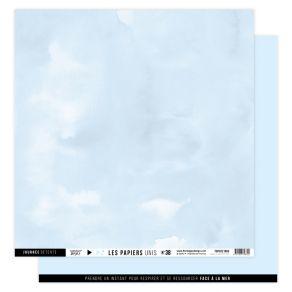 Papier uni n°38 BLEU ÉCUME par Florilèges Design. Scrapbooking et loisirs créatifs. Livraison rapide et cadeau dans chaque co...