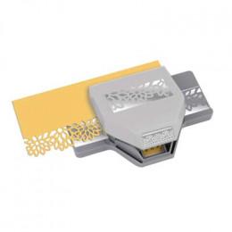 Perforatrice bordure DIAMOND FLOWERS par Ek success. Scrapbooking et loisirs créatifs. Livraison rapide et cadeau dans chaque...