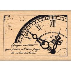Tampon bois VIEILLE HORLOGE par Florilèges Design. Scrapbooking et loisirs créatifs. Livraison rapide et cadeau dans chaque c...