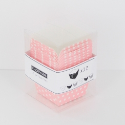 PROMO de -60% sur Caissettes carrées roses à pois blancs Cook and Gift