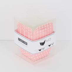 Caissettes carrées roses à pois blancs