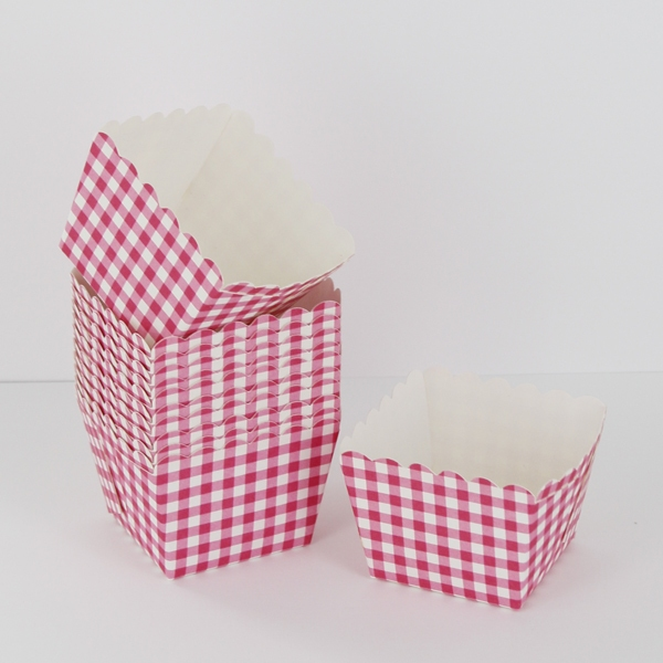 Caissettes carrées vichy rose/blanc
