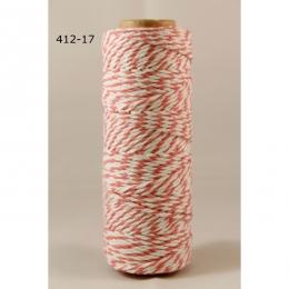 Parfait pour créer : Twine rose par May Arts. Livraison rapide et cadeau dans chaque commande.
