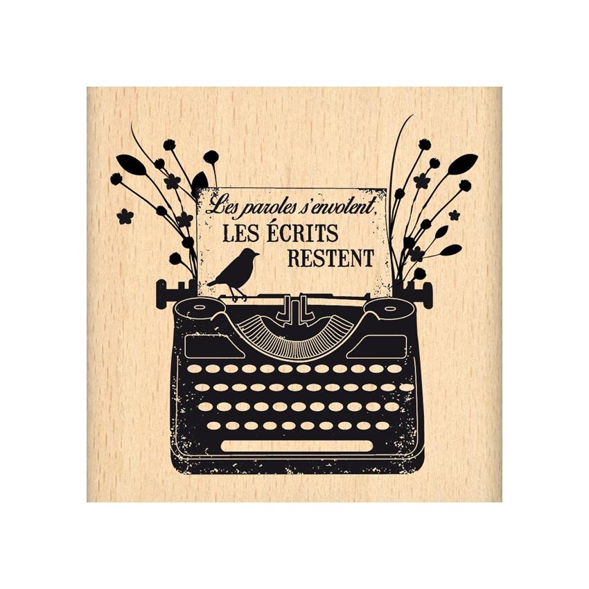 Tampon bois LES ÉCRITS RESTENT par Florilèges Design. Scrapbooking et loisirs créatifs. Livraison rapide et cadeau dans chaqu...