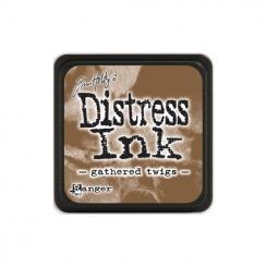 Encre Mini Distress GATHERED TWIGS par Ranger. Scrapbooking et loisirs créatifs. Livraison rapide et cadeau dans chaque comma...