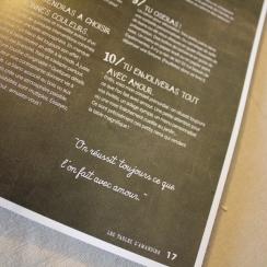 Les tables d'Amandine par Marie Claire Editions. Scrapbooking et loisirs créatifs. Livraison rapide et cadeau dans chaque com...
