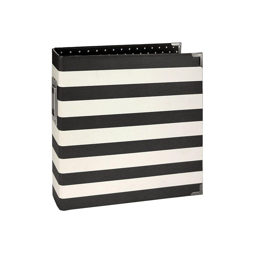 Classeur 15 x 20 cm BLACK STRIPE par Simple Stories. Scrapbooking et loisirs créatifs. Livraison rapide et cadeau dans chaque...