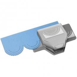 Perforatrice bordure DOTTED SCALLOP 3CM par Ek success. Scrapbooking et loisirs créatifs. Livraison rapide et cadeau dans cha...