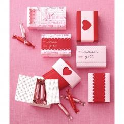 Boite coulissantes Valentine par Martha Stewart. Scrapbooking et loisirs créatifs. Livraison rapide et cadeau dans chaque com...