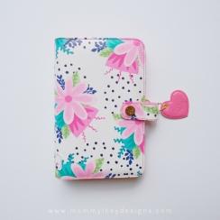Planner PINK-A-DOT Personnal par Mommy Lhey. Scrapbooking et loisirs créatifs. Livraison rapide et cadeau dans chaque commande.