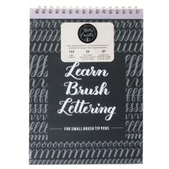 Petit livre d'exercices pour lettering KELLY CREATES