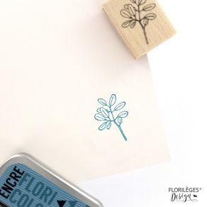 Tampon bois BOUT DE FEUILLAGE par Florilèges Design. Scrapbooking et loisirs créatifs. Livraison rapide et cadeau dans chaque...