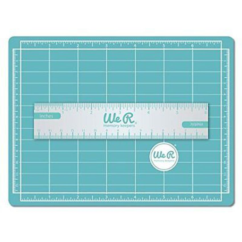 Mini tapis de coupe magnétique par We R Memory Keepers. Scrapbooking et loisirs créatifs. Livraison rapide et cadeau dans cha...
